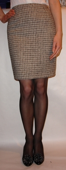 White and Black pattern tweed skirt